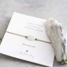 a beautiful story-gemstone_card_moonstone_gold_bracelet3
