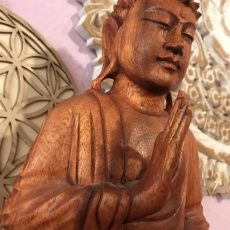 Buddha Holz 25cm close-up